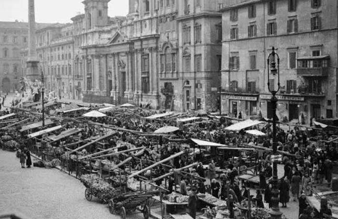 Piazza Navona negli anni '40